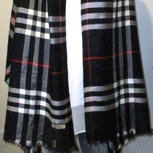 NEW BURBERRY LONDON Shawl Scarf 100% Cashmere